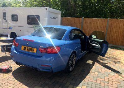 BMW M4 BLUE 2