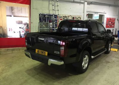 Isuzu D Max Black 2015 Window Tinting