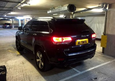 JEEP GRAND CHEROKEE BLACK