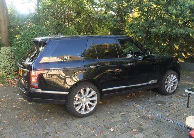 Range Rover Vogue Black 2015 Window Tinting (2)